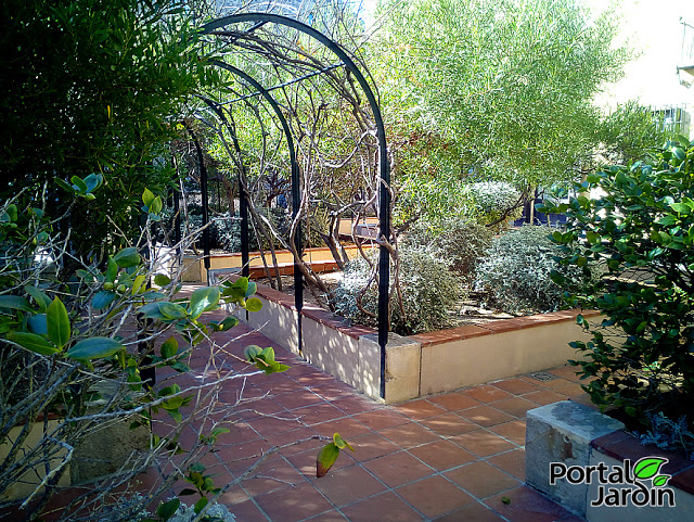 Jardín Mercè Rodoreda - Portal Jardín.