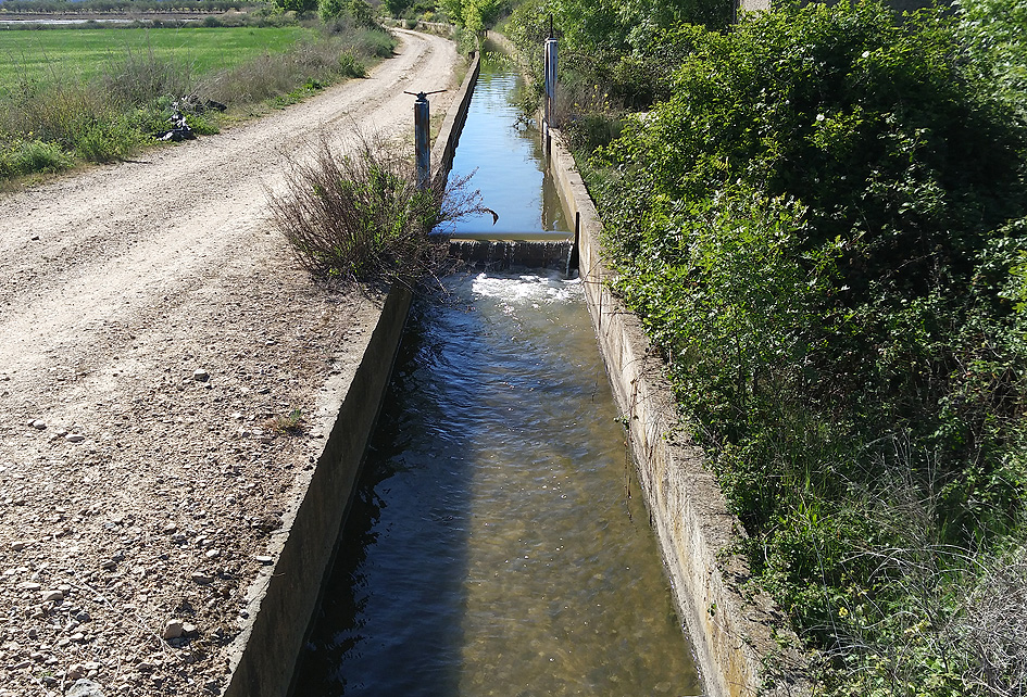 acequia canal de riego Portal Jardín