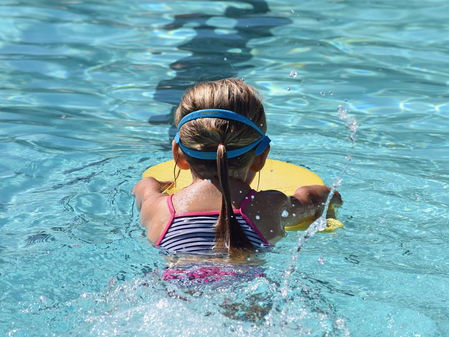 mantenimiento de la piscina