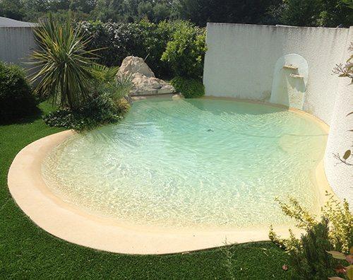 Una piscina ecológica en tu jardín